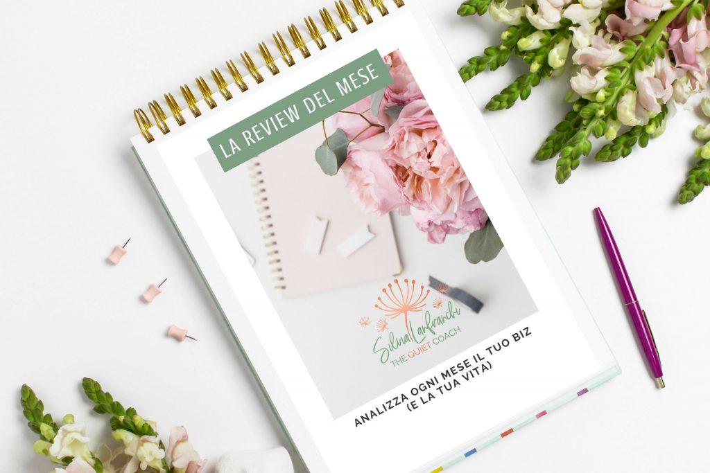 """analizza ogni mese il tuo biz e la tua vita con """"La review del mese"""", un pdf free"""